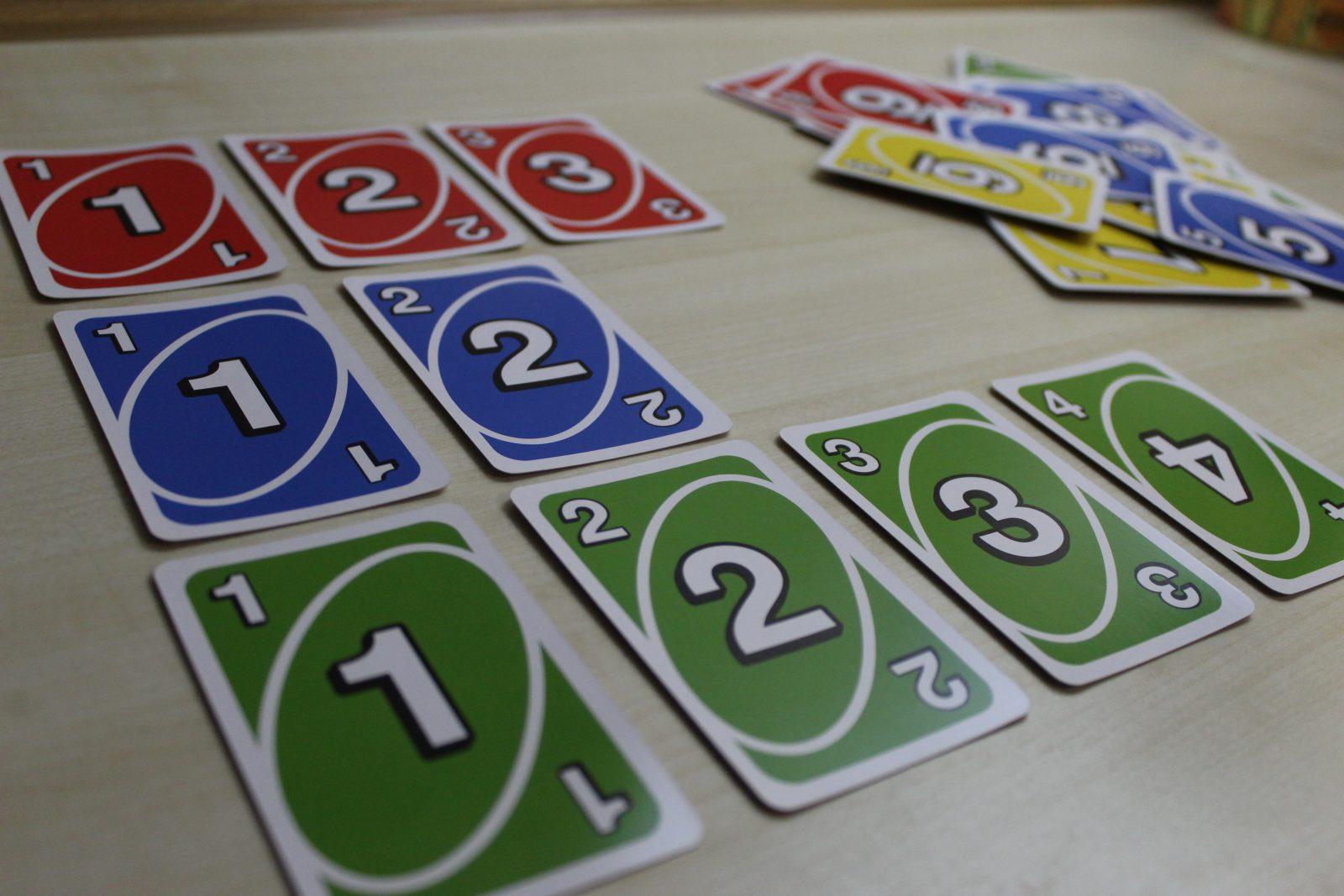 Πώς να παίξεις Uno